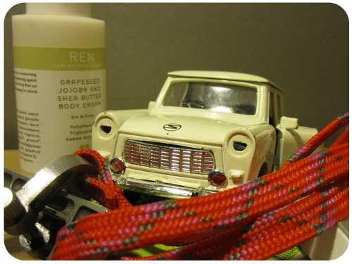 whatsinmybag-trabant-airmagazine-fashion