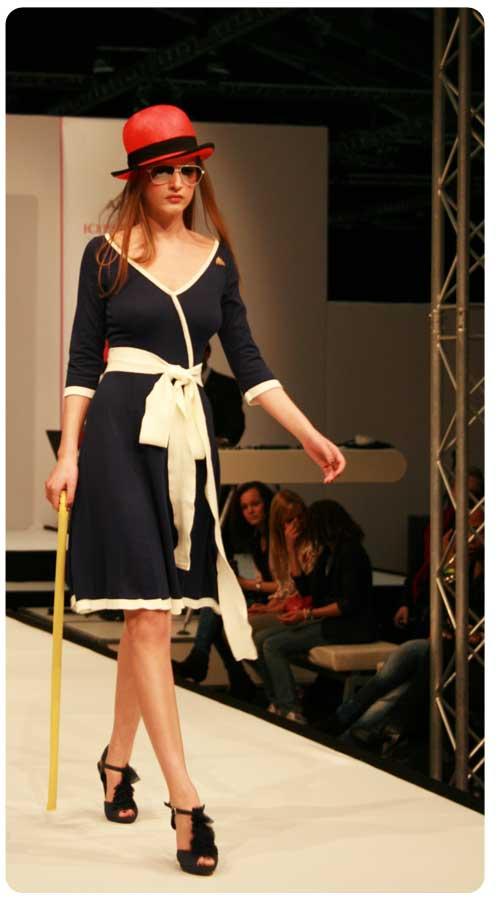marine-jurk-fashionlisst-show