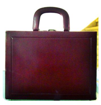 tweedehands-koffertje-daphne