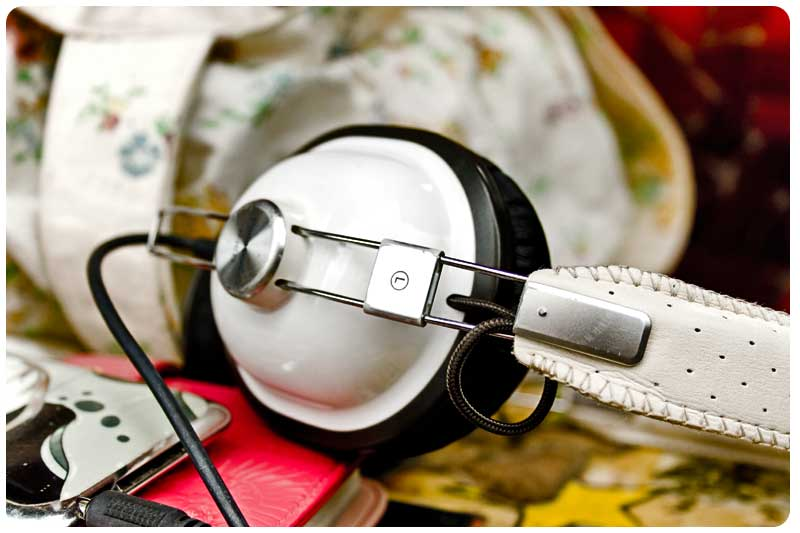 panasonic-headphones-urban-art