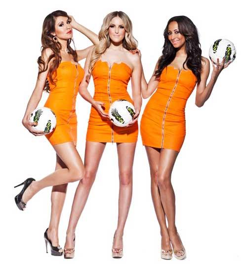 air-girl-tamara-elbaz-voetbalvrouw