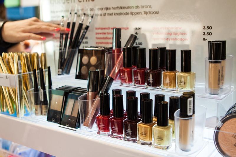 merel-verspuij-airmagazine-parfumvrije-makeup