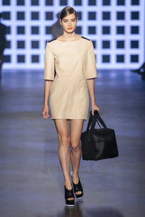 readytofish-beige-dress