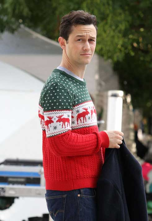 joseph-gordon-levvit-christmas-sweater