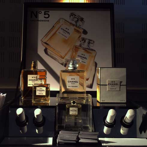chanel-display--vogue-odeon-no5